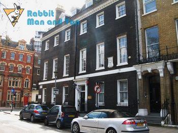 Quick man and van in Bloomsbury