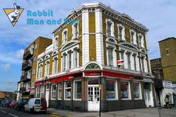 Experienced man and van in Canning Town