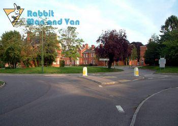 Organised man and van in Carshalton
